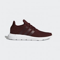 Adidas Women's Swift Run Maroon